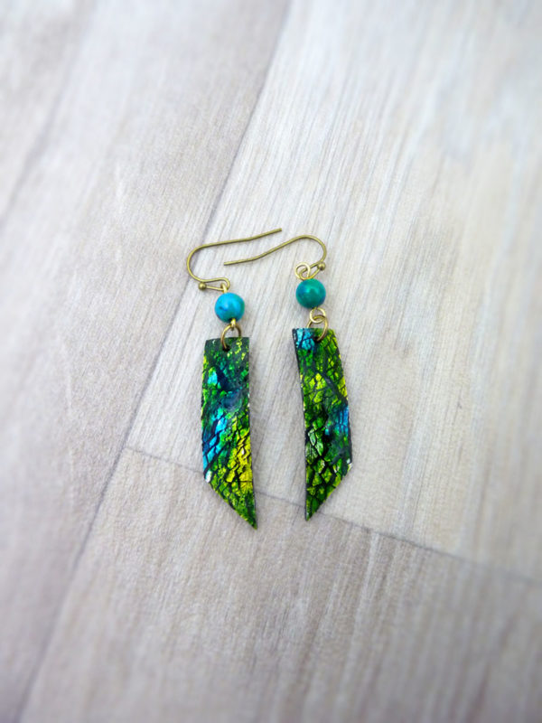 Boucles d'oreilles « Dreams in Colors » vertes - inspiration nature - Bijou de Créateur Wire wrapping et chrysocolle