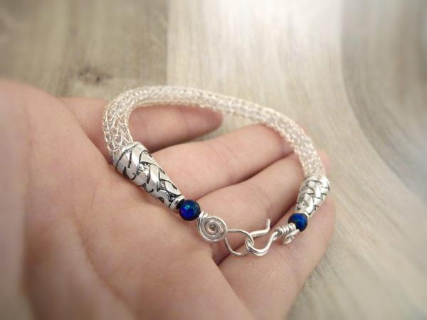 Bracelet « Esprit viking – Borghild » - inspiration celtique, païenne et viking - Bijou de Créateur en lapis