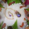 Collier Wire wrapping - Bijou de Créateur unique en Wire Wrapping, inspiration celtique et païenne - Collier « Reine des campanules » en charoïte et améthyste