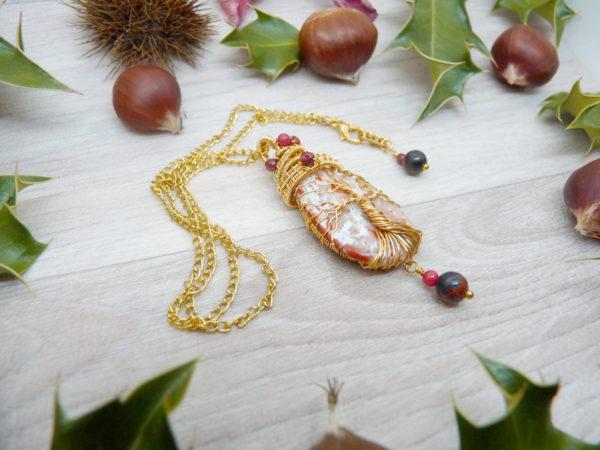 Collier Wire wrapping - Bijou de Créateur unique en Wire Wrapping, inspiration celtique et païenne - Collier « Arbre de vie » en grenat et corail