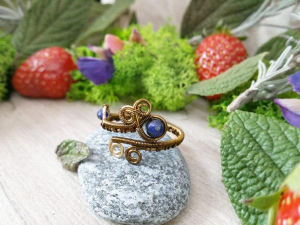 Bague Wire wrapping - Bijou de Créateur unique en Wire Wrapping, inspiration celtique et païenne - Bague « Repos de Velana » et perles lapis lazuli