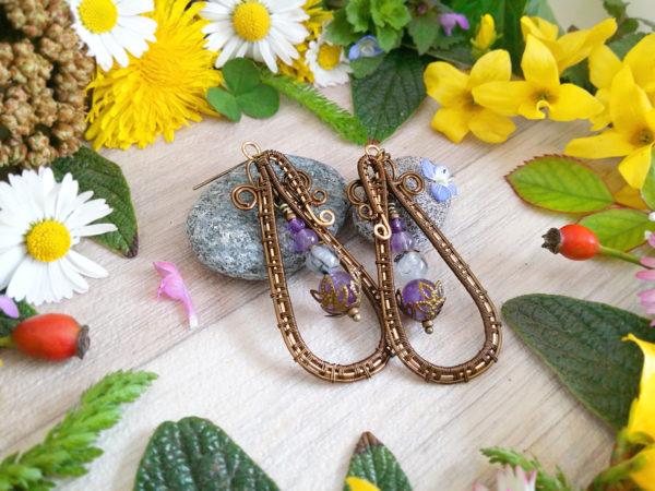 Boucles d'oreilles Wire wrapping - Bijou de Créateur unique en Wire Wrapping, inspiration celtique et païenne - Boucles « Cycles de Viarrey » en amethyste et quartz