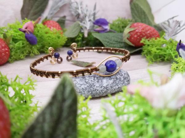 Bracelet unique « Secret de Velana » - inspiration celtique et païenne - Bijou de Créateur en Wire Wrapping, perles labradorite et lapis
