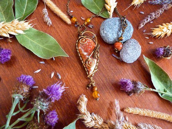 Collier Wire wrapping - Bijou de Créateur unique en Wire Wrapping, inspiration mythologie - Collier « Regrets d'Héphaïstos » en agate crazy lace