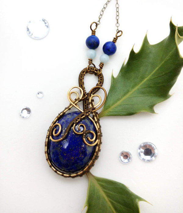 Collier Wire wrapping / Wire wrapped necklace - Bijoux de créateur unique en Wire Wrapping, inspiration mythologie - Unique wire wrapped jewelry inspired by Mythology - Collier « Firmament » en lapis lazuli et amazonite